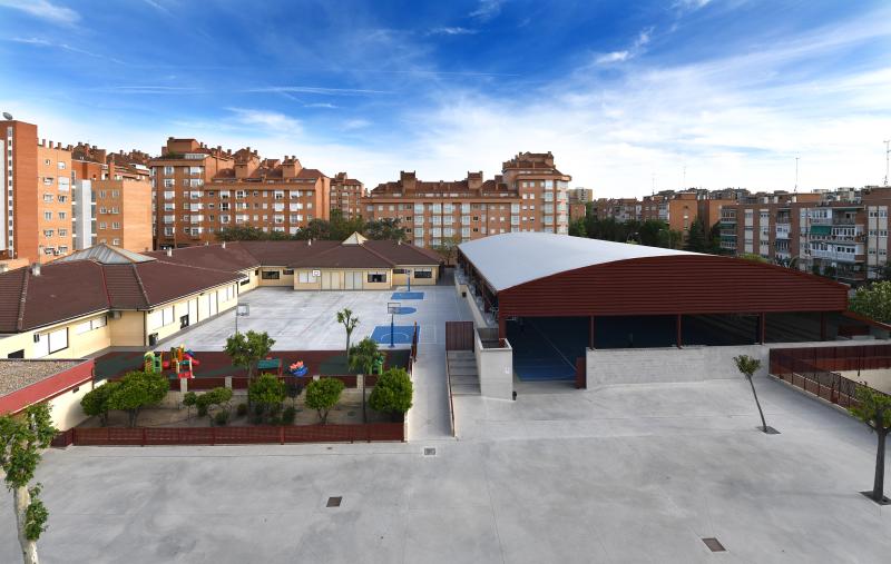 CANCHA POLIVALENTE AL AIRE LIBRE - Club Deportivo Las Rosas